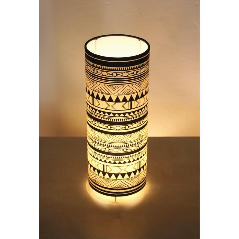 Lámpara de Mesa Alta Indiana B&W